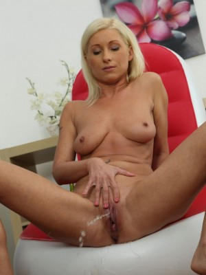 Vanessa Hell